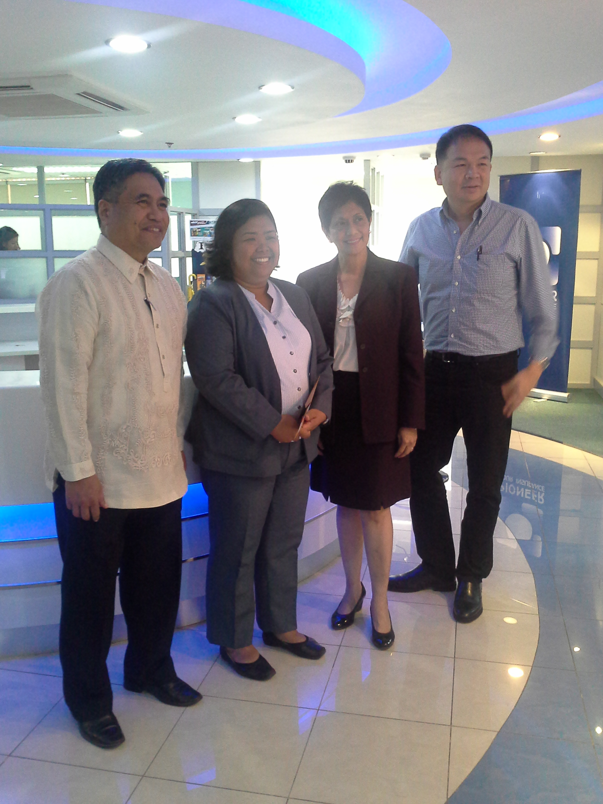 Pioneer Foundation Donates More Than P3-M For CARD MRI's Rehabilitation Efforts In Yolanda Affected Areas